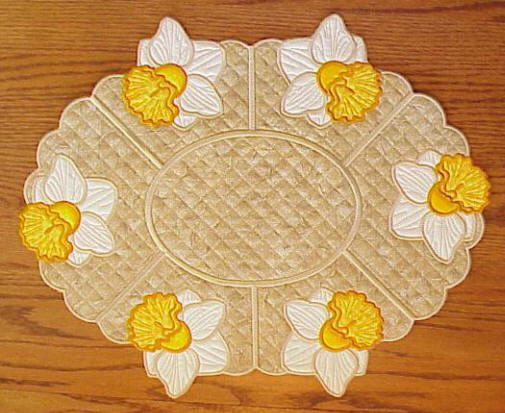 Daffodil Oval Placemat