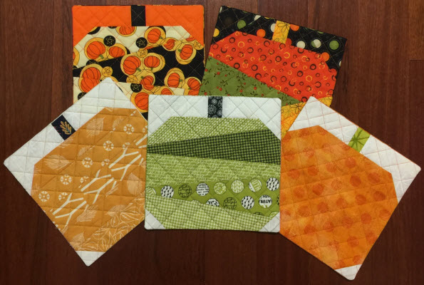 pieced pumpkins mug rug endings