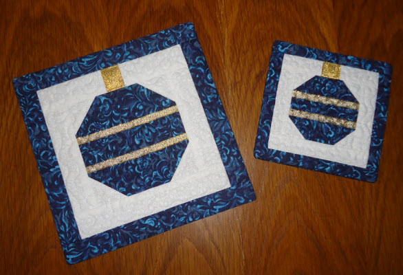 ornament potholder coaster